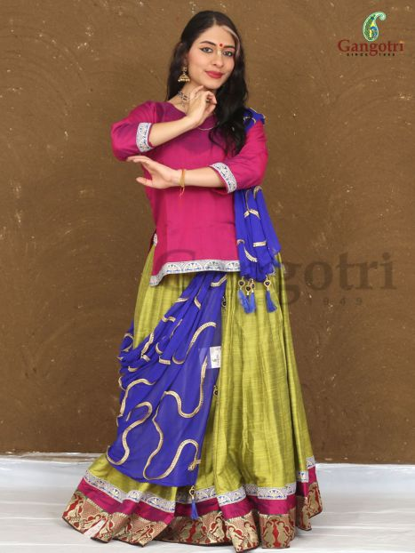 Gopi Dress Set 40 Panel- Small Size