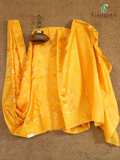 Saree Banarasi Silk